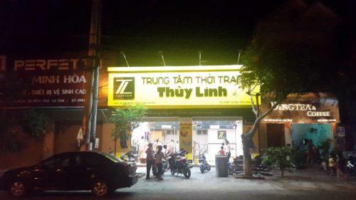 biển hiêu cửa hàng thời trang Thùy Linh