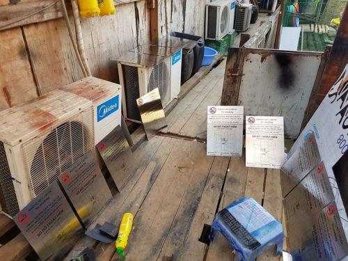 Chuyên thi công Biển Inox ăn mòn