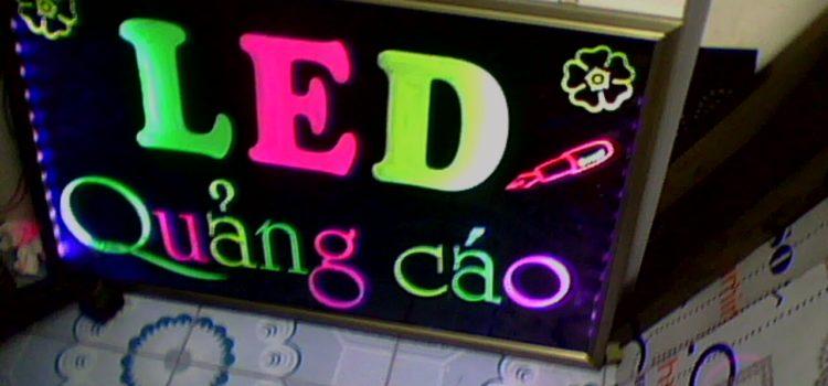 Biển quảng cáo điện tử LED đẹp giá siêu rẻ.