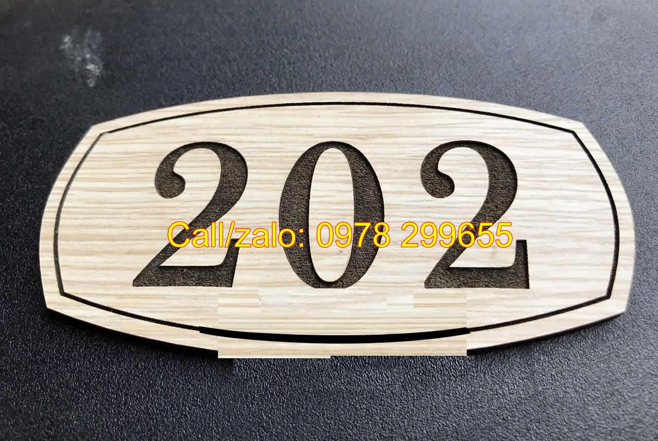 Biển số phòng chất liệu gỗ