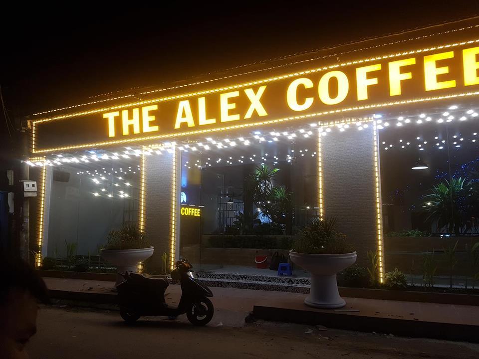 Biển quảng cáo quán cafe the alex coffee